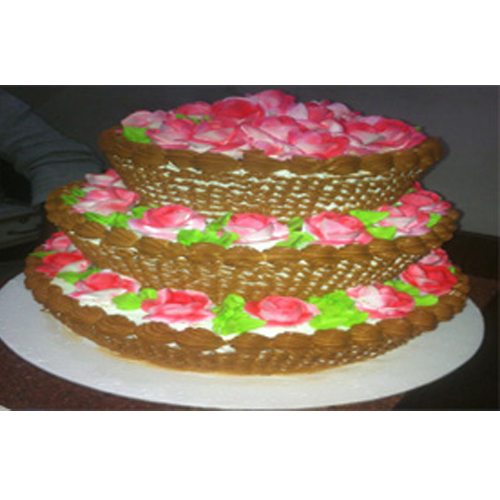 Yummy Basket Cake
