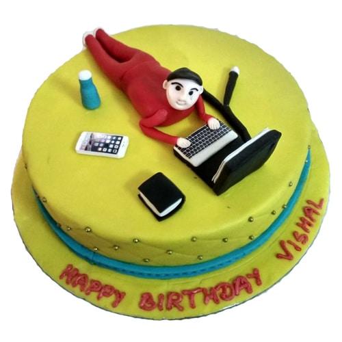 Yummy Fondant Cake